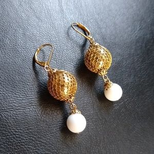 Vintage gold mesh ball with white earrings